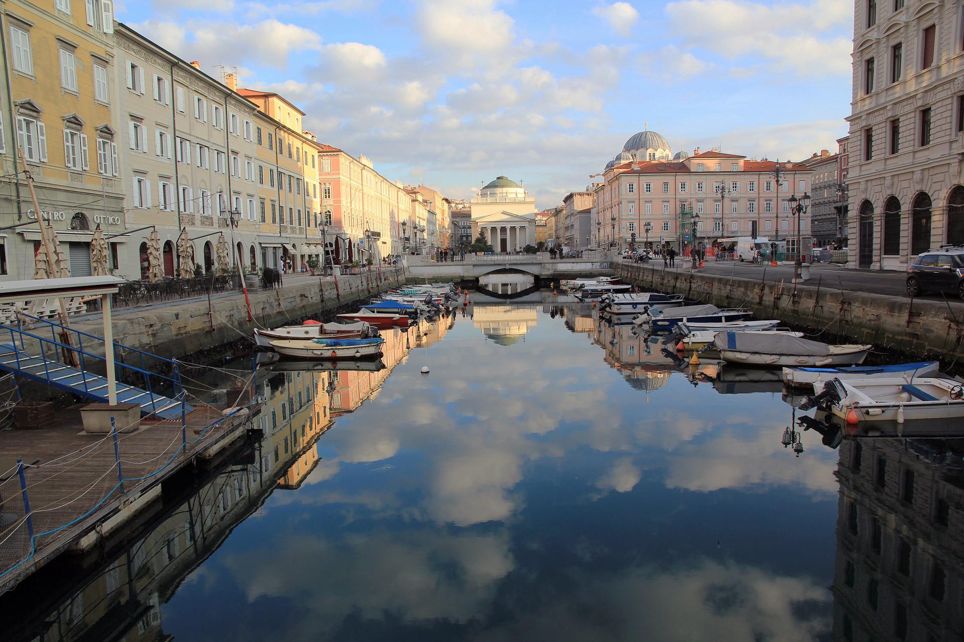 Servizi di interpretariato professionale <br> a Trieste